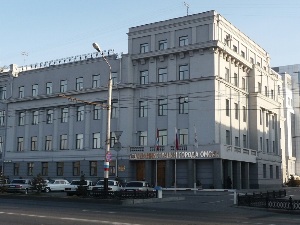 Супруг и сын нового директора депстроя мэрии Омска занимается строительством