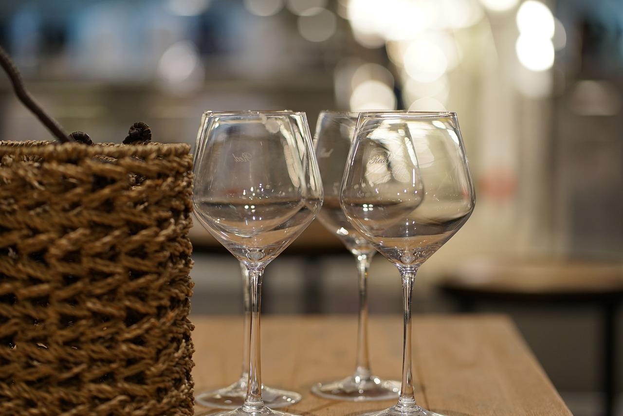 Алкоголь в России начнут продавать только в специальных магазинах