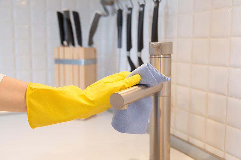 Как быстро вымыть кухню