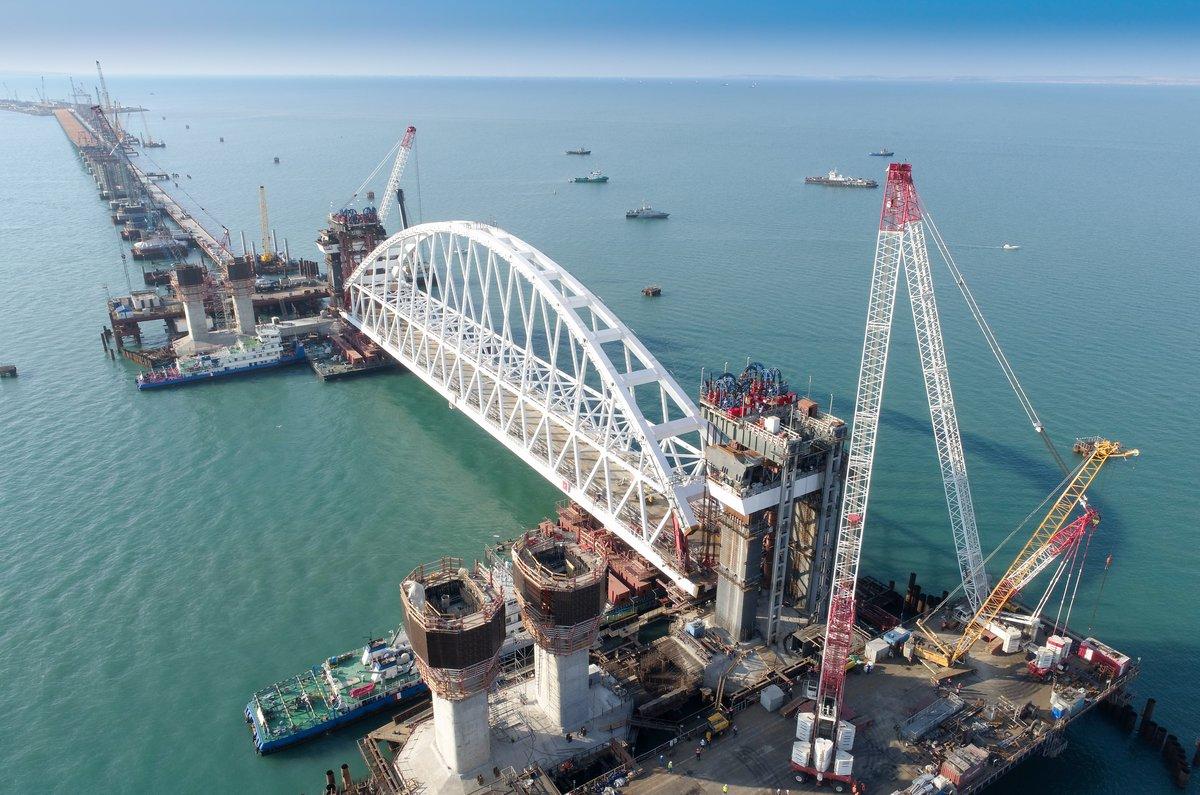 США и Европа выступили против открытия Крымского моста