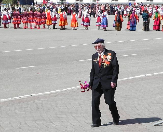У омского ветерана украли более 1 миллиона рублей