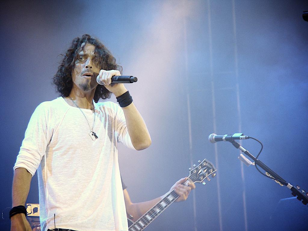 Лидер американской рок-группы получил премию «Гремми» после своей смерти