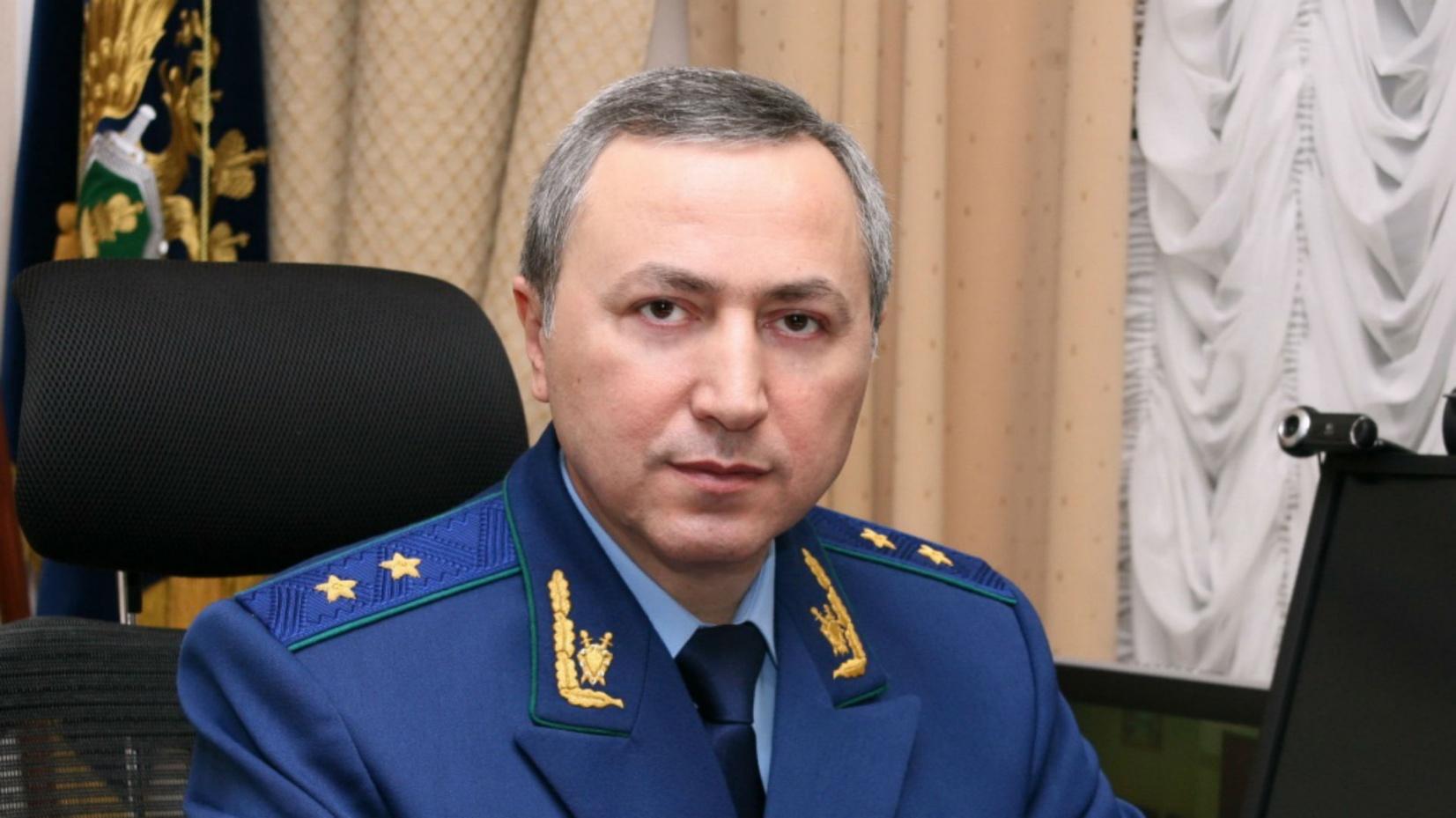Прокурор Омской области Спиридонов заработал за прошлый год почти 4 млн. рублей