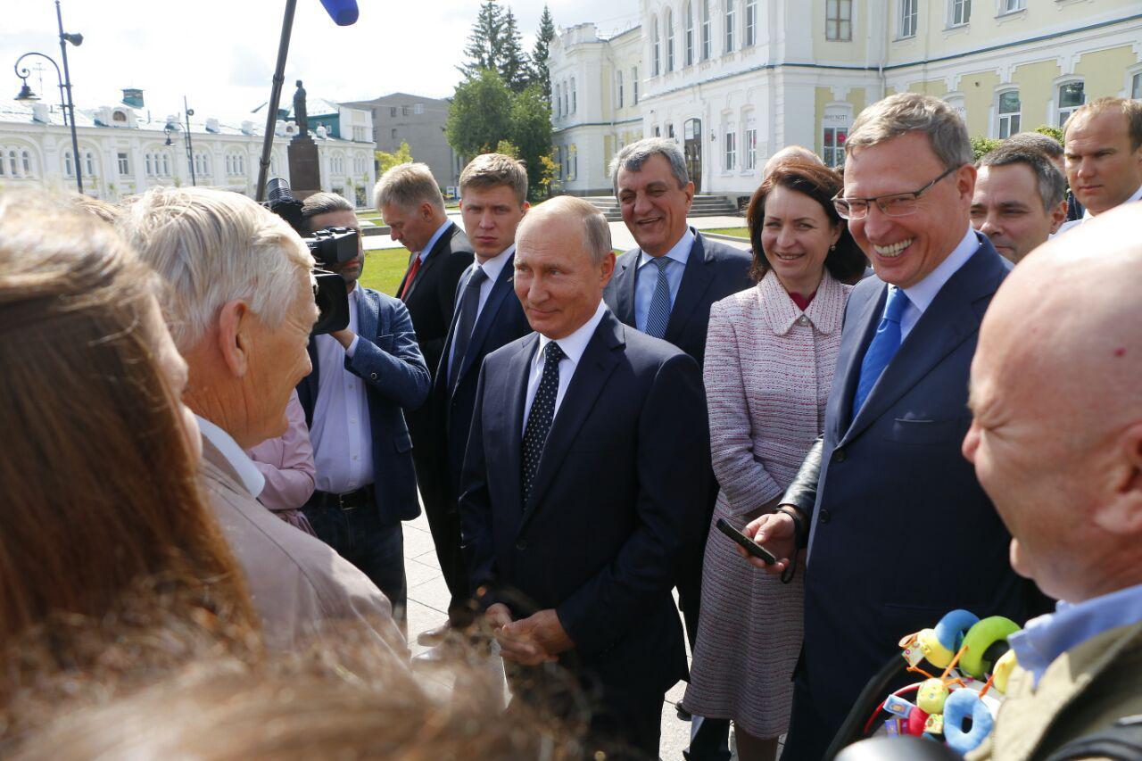 Омским бизнесменам предлагают «оплатить» участие в форуме с Путиным