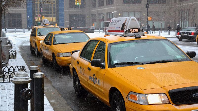 Минтранс России ужесточит требования к водителям такси
