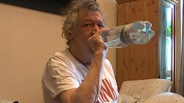 Михаилу Ефремову продлили домашний арест, ему не разрешают гулять