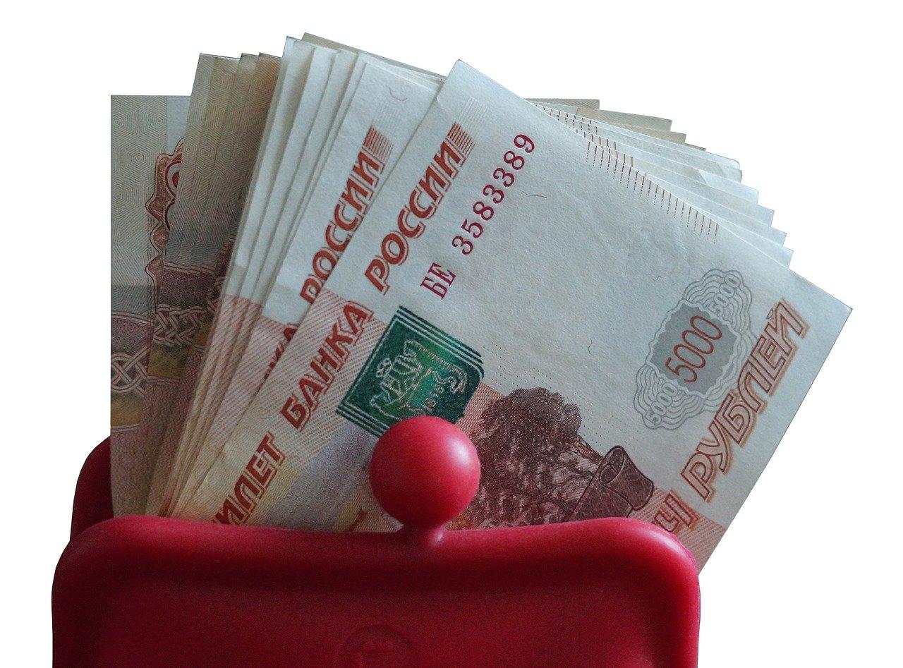 Юрий Сутягинский должен своим сотрудникам более 10 миллионов рублей