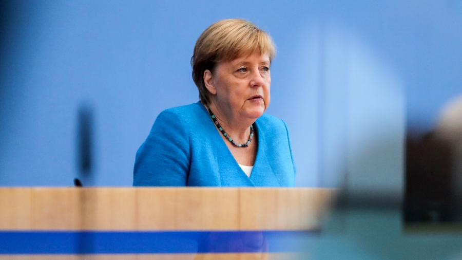 Ангела Меркель заявила об отравлении Навального газом «Новичок»