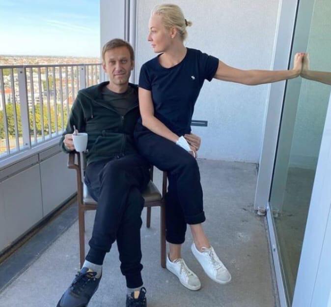 Омские медики рассказали куда подевалась одежда Навального