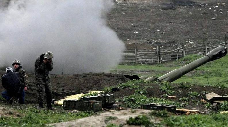 Между Арменией и Азербайджаном начались военные действия