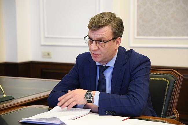 Омский министр, которого не могли найти три дня, сам вышел к людям