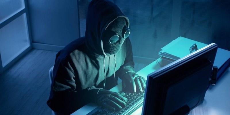 Молодого омича могут посадить на 5 лет за хакерство
