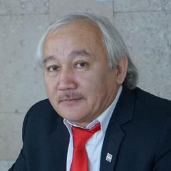Сакен Хусаинов
