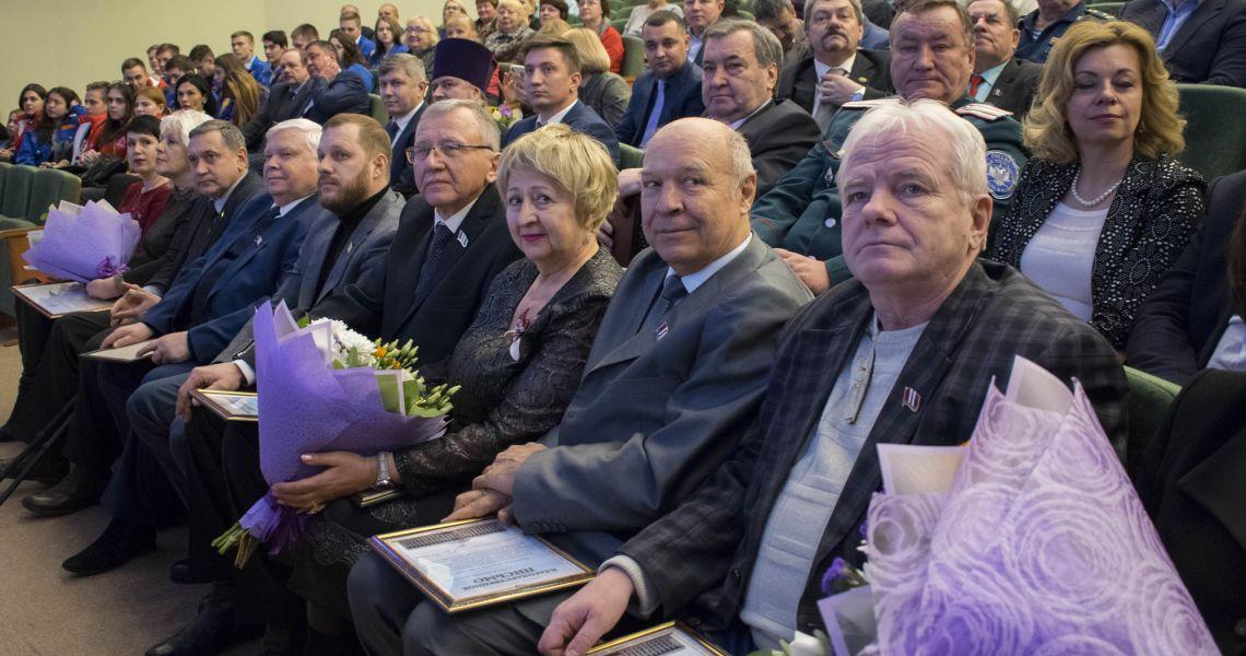 Натела Полежаева собралась в Заксобрание от ЛДПР. Кто за этим стоит?