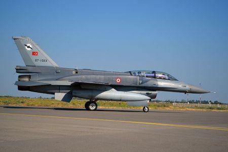 Турецкий истребитель сбил армянский СУ-25