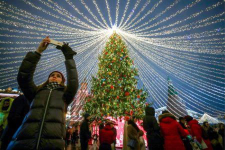Россияне активно бронируют отели и скупают билеты на Новый год