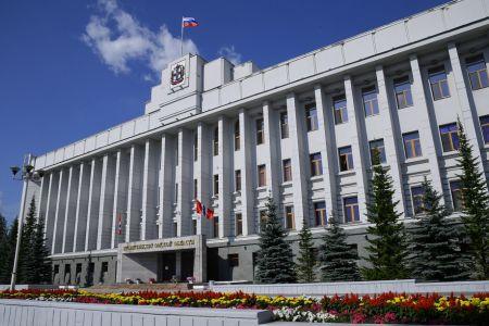 Александр Бурков: рестораны и кинотеатры в Омске могут открыться через две недели