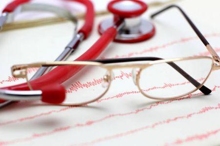 Теперь врачи обязаны выдавать родственникам умерших пациентов медицинские документы.
