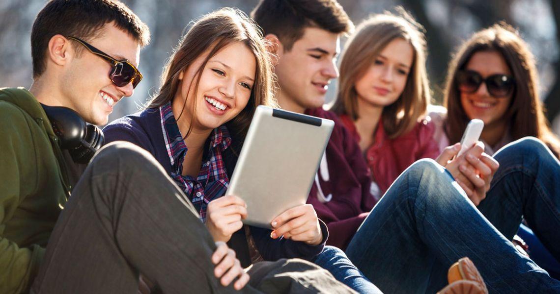 Как работать с 20-летними. Привлечение в компанию молодых сотрудников и методы взаимодействия с ними