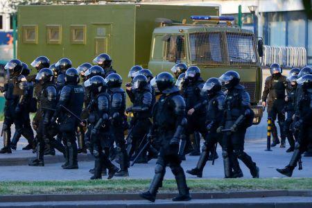 Третий день беспорядков в Беларуси, есть пострадавшие