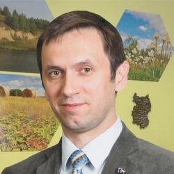 Павел Ложников