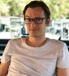 Дмитрий Коломыцев