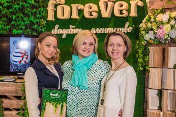 Свадебная выставка города Омска. Отзыв свадебного агентства FOREVER.