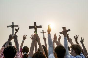 Религиозная истерия. Как не оскорбить чувства верующих