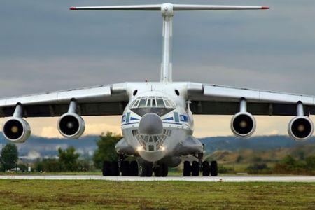 Россиян эвакуируют из КНР на военных самолетах