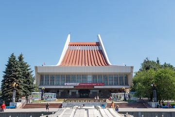 Театр – не дом культуры