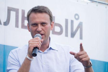Суд не принял иск Навального к Путину