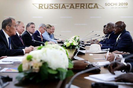 Путин простил Африке более $20 млрд долга