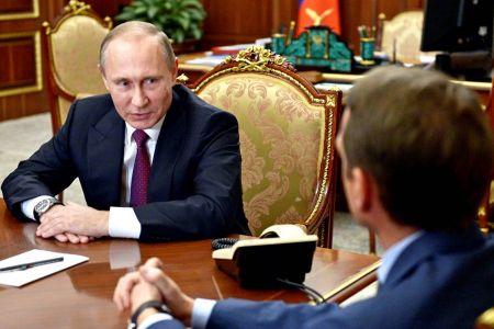 Журналистам рассказали, что Путин ищет себе преемника