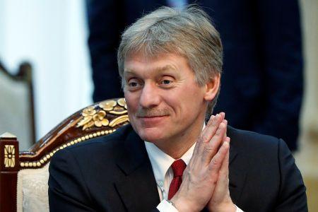 Песков не поверил, что половине россиян хватает денег только на еду и одежду