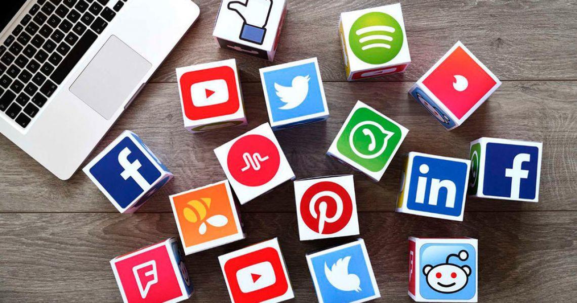 Как добавлять друзей в социальных сетях и как себя там вести