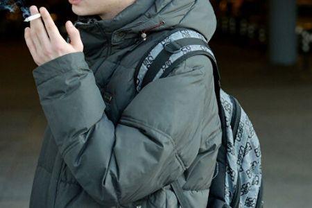 Родителей детей, уличенных в курении, будут штрафовать или арестовывать