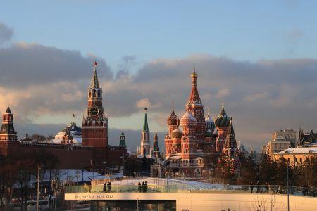 Центр Москвы будет перекрыт в течение 10 дней на новогодние праздники