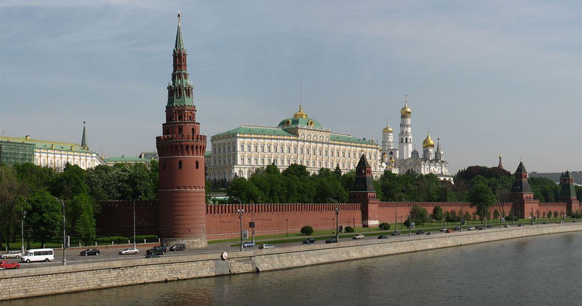 Москва – друзьям не верит
